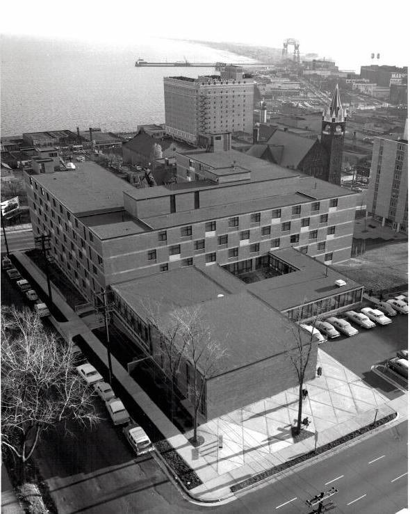 Black and white building.jpg
